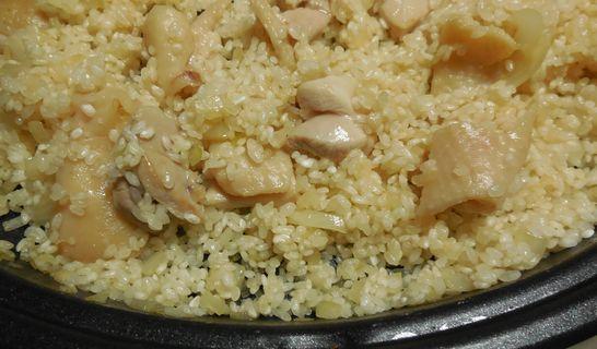 米が透きとおるまで炒める